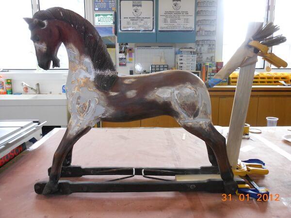 rocking-horse-E